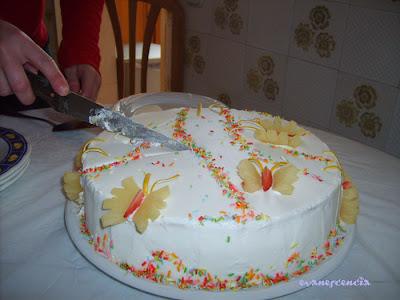 cortando tarta