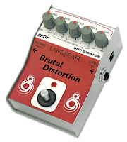 Review do pedal de distorção para guitarra Brutal Distortion da Landscape na Central do Rock