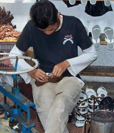 ROMERO : Produsen Sandal dan Sepatu Tasikmalaya