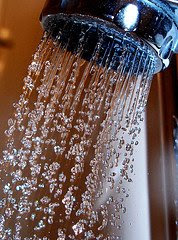 Shower on Flickr by tanakawho