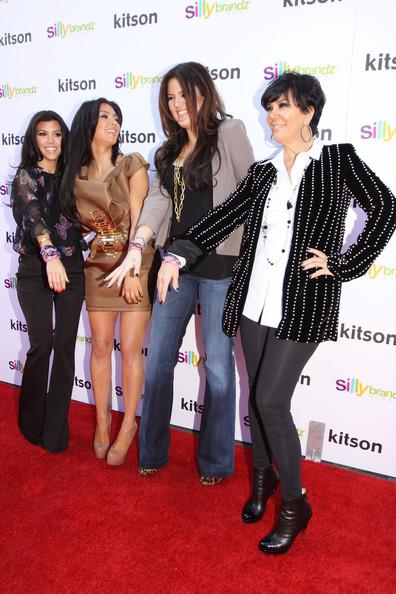 hot celebrities pics celebrity gossips kim kardashian promoting kardashian glam silly bandz
