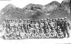 Trung Đội dưới chân núi