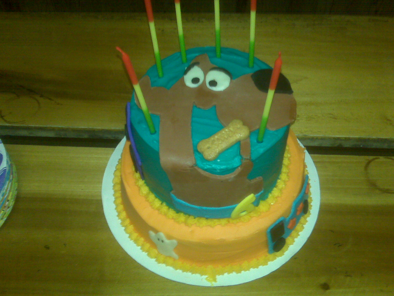 Pin scooby doo cake by liz ladybird company cakesdecorcom for Scooby doo cake template