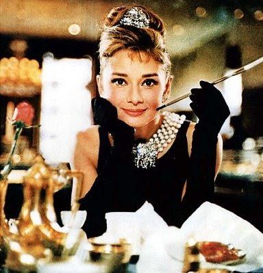 Audrey Hepburn, Diamants sur canapé