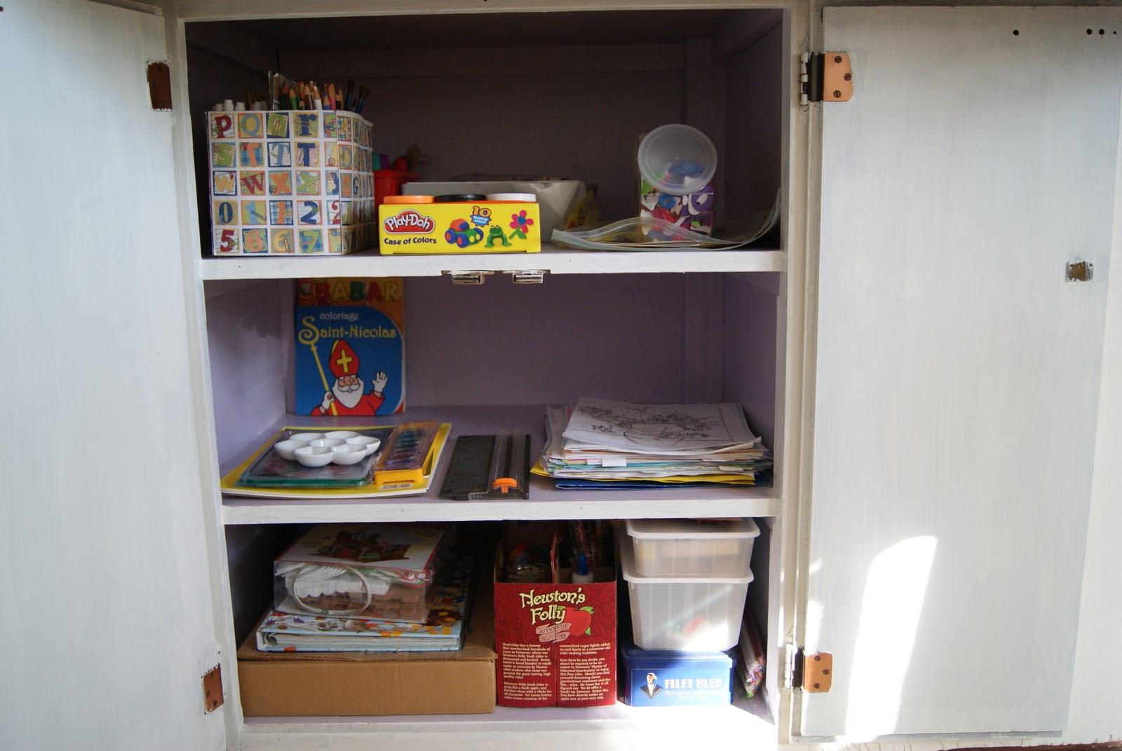 nest full of eggs kid 39 s art supply storage. Black Bedroom Furniture Sets. Home Design Ideas