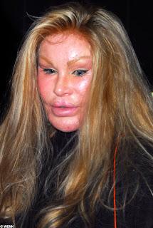 artis wajah terjelek