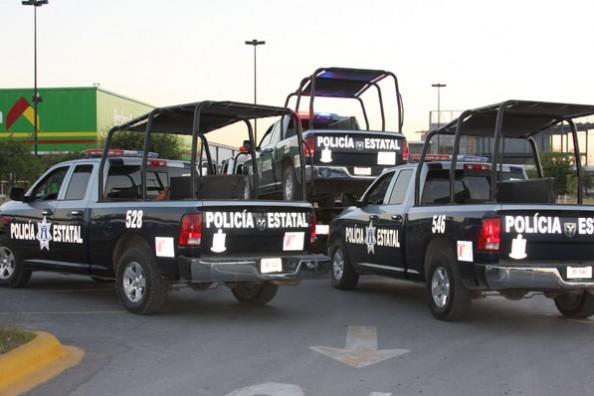 POLICIAS ESTATALES,ABANDONAN 3 PATRULLAS EN CD. SOLIRADIDAD