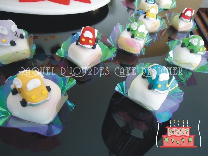 Doces  Mini Bolos E Muffins Decorados
