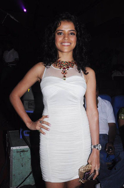 south Indian hot Indian actress Piaa Bajpai in sexy white short dress