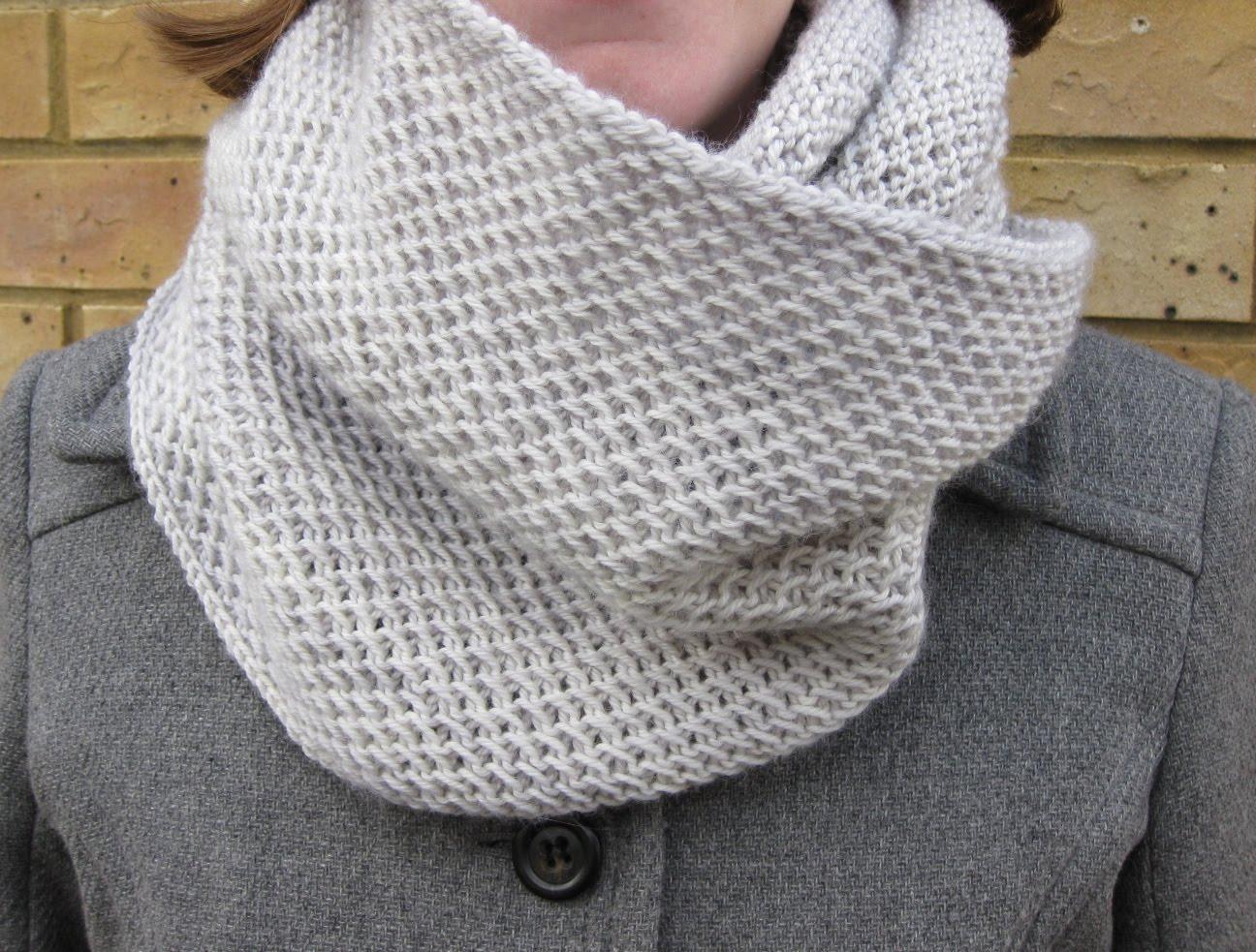Knit Pattern For Honey Cowl : Jolly Hockey Sticks!: honey, honey