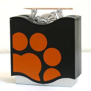 Pudełko na wykałaczki z kocim motywem
