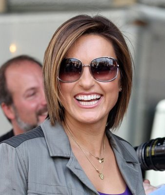 Short Trendy Hairstyles 2009 - Mariska Hargitay Hair