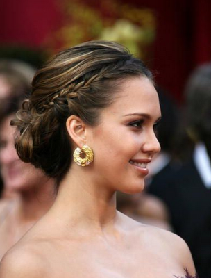 bridal hairstyles updos. jessica alba hairstyles updos. Jessica Alba#39;s pinned-back curls