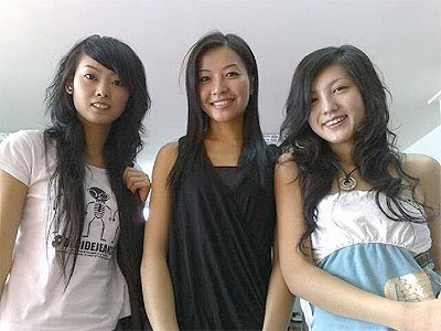 New cool Chinese Hairstyles For Girls 2010. Posted by sds at 7:05 PM