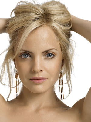 Short Hairstyles Trends presents Medium Layered Hairstyle 2009