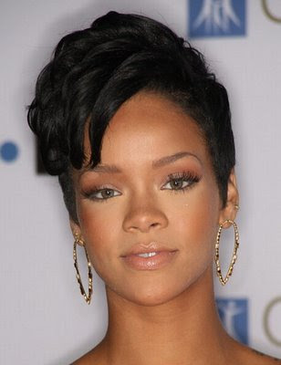 rihanna hair 2009. hairstyle by Rihanna 2009