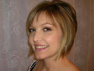 victoria beckham hairstyles 2009. victoria beckham short haircut