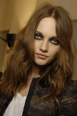 Long Curls With Bangs, Long Hairstyle 2013, Hairstyle 2013, New Long Hairstyle 2013, Celebrity Long Romance Hairstyles 2096