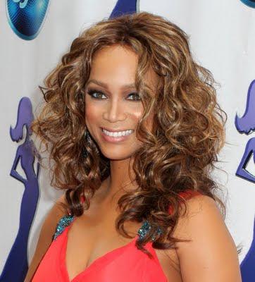 http://4.bp.blogspot.com/_30PRmkOl4ro/Su1ey8fVIhI/AAAAAAAAXWE/nBpBMy94EsM/s400/African+American+Hairstyle+-+5.jpg