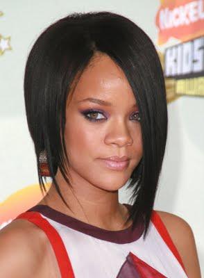 http://4.bp.blogspot.com/_30PRmkOl4ro/Su1eyk_Cp7I/AAAAAAAAXV8/LmaG72Io7mI/s400/Rihanna+-+Bob+Hairstyle.jpg