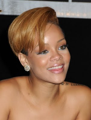 There are hundreds of new choices of Rihanna' current hairstyles and the