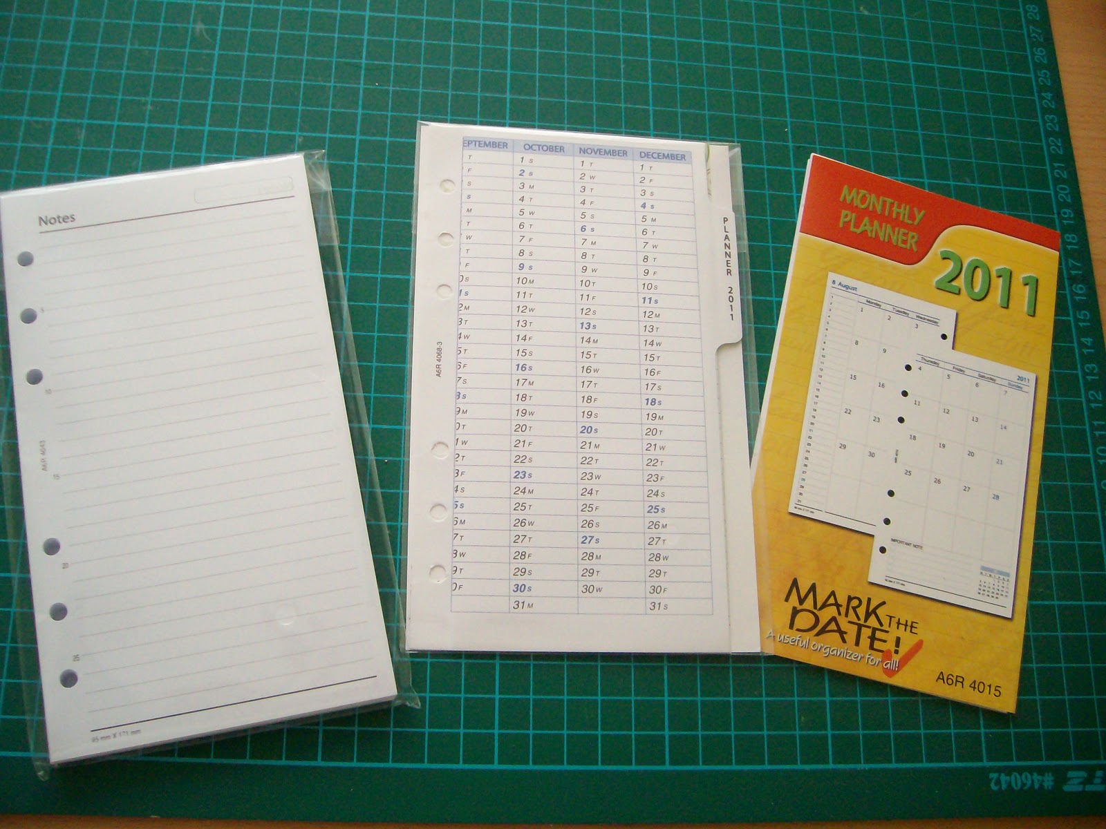 Blank pages, planner 2011, monthly calender pages