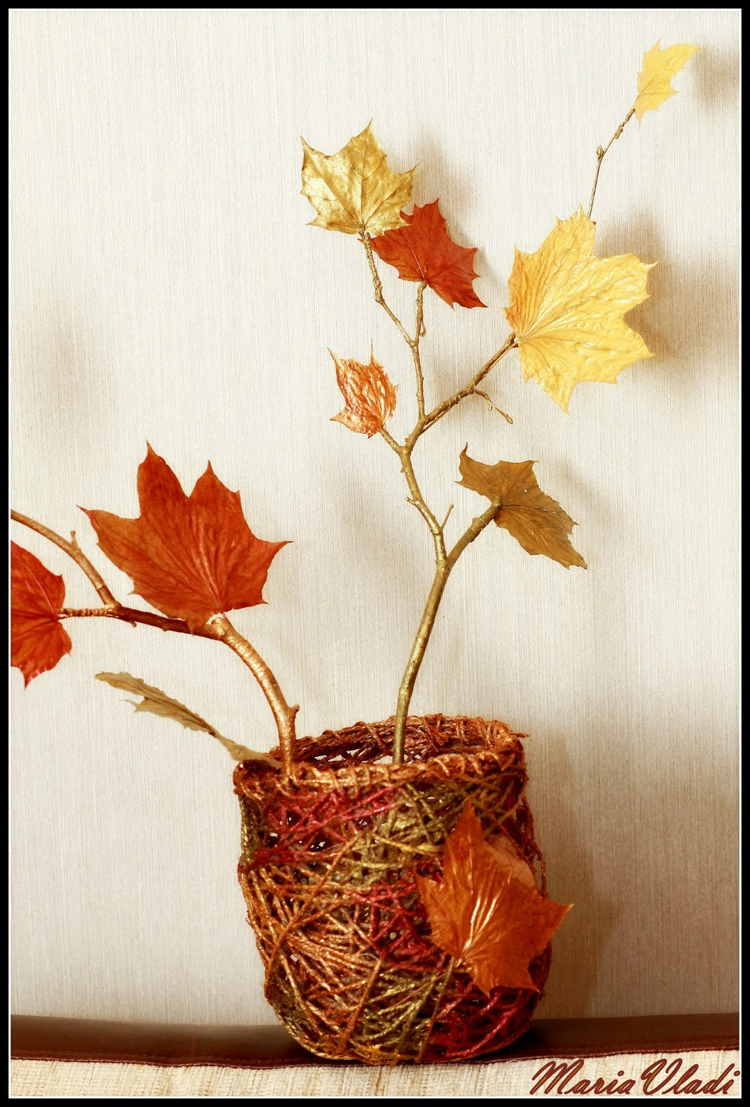 Красивые вазочки корзиночки из листьев своими руками