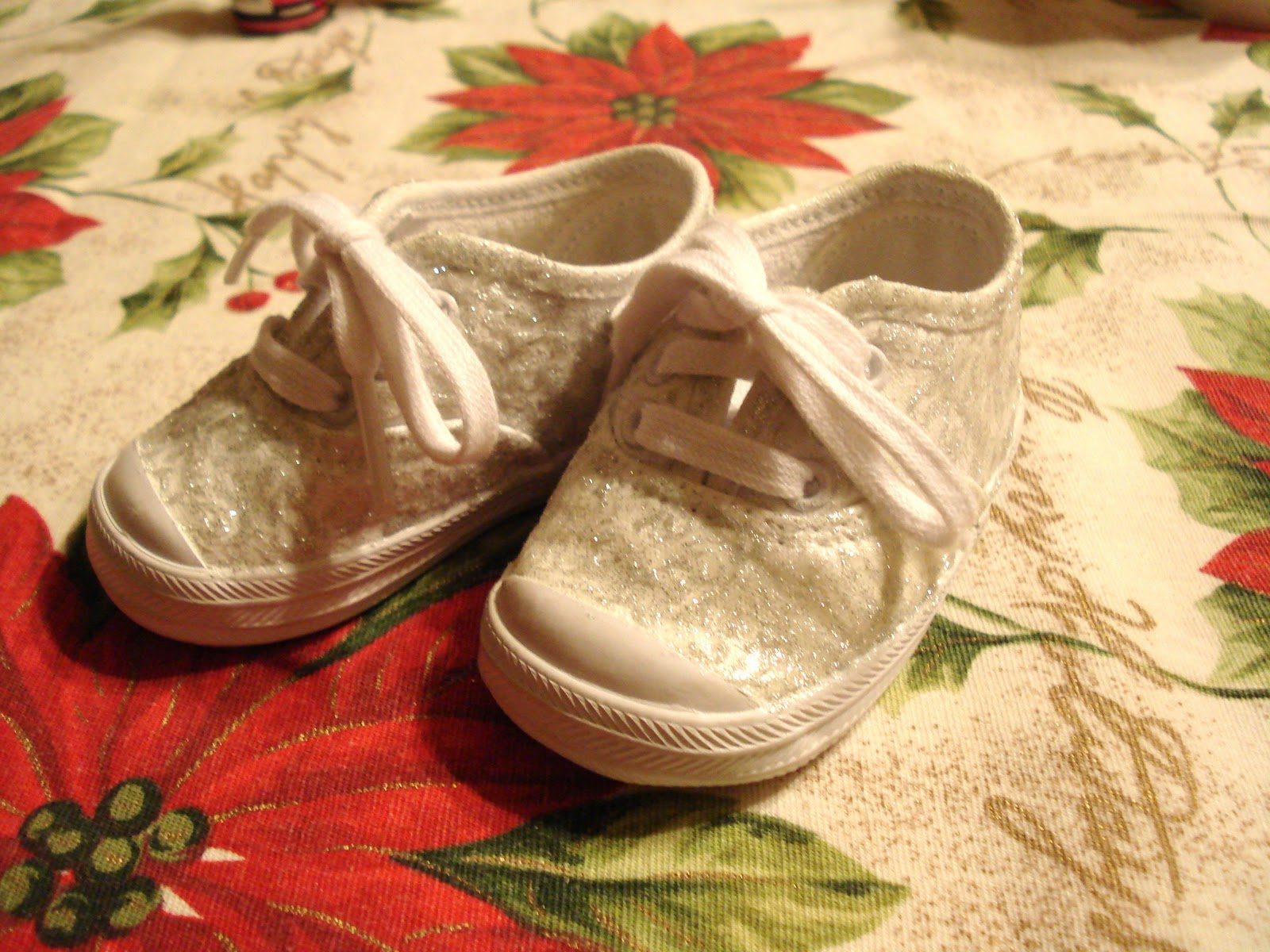 how to clean white keds that turned yellow