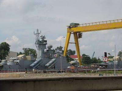 ... : Tập 1: Vũ khí chiến lược của Hải quân Việt Nam