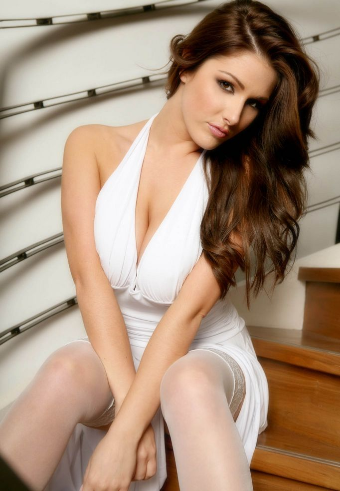 Lucy Pinder Hot Girl