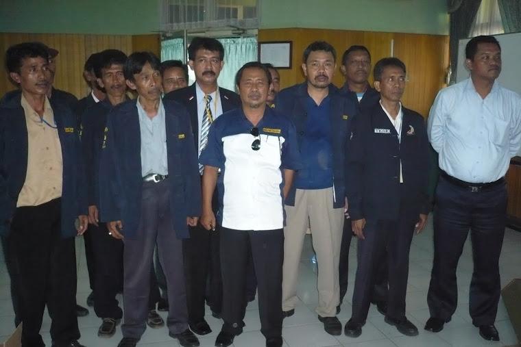 Drs. Joni Krisnandar. Ketua KT Kota cirebon periode Thn 2005 -2010
