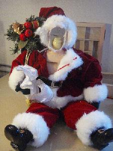 [Santa.jpg]