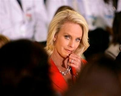 cindy mccain feet. (AP) quot;Cindy McCain says she