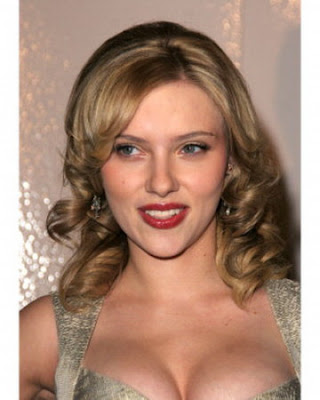 scarlett johansson haircut 2010. Labels: 2010 Hair Trends,