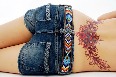 Tattoos  Girls   on Popular Lower Back Tattoo Designs For Women