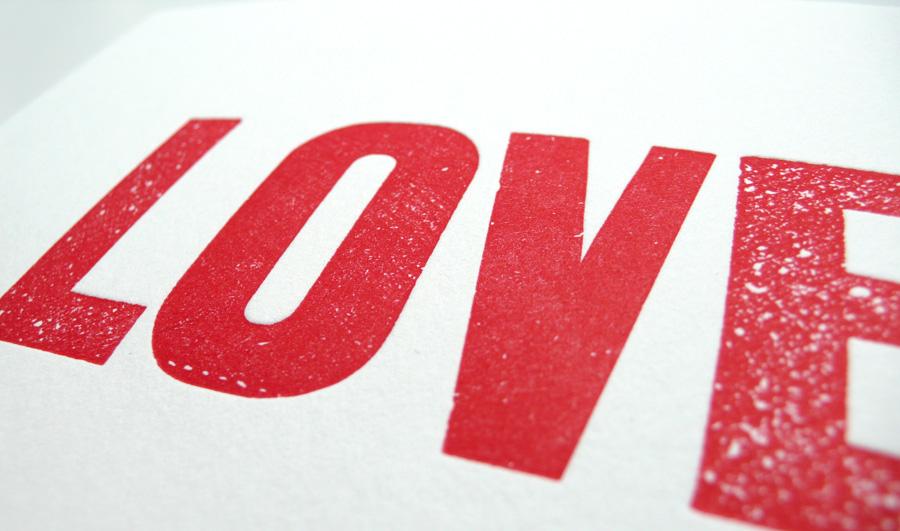 http://4.bp.blogspot.com/_36LJojIRpf4/TVBFsEw5SYI/AAAAAAAAAVg/H1iBxhTB_uo/s1600/love_red3.jpg