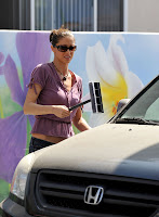 Shannon Elizabeth: Hottest Squeegee Girl Ever
