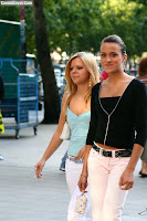 The tight jeans girls shopping in the street