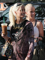 Holly Madison And Kendra Wilkinson Make A Great Pair