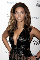 Beyonce's Armpits Need A Shave