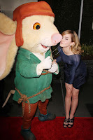 Emma Watson Makes Out With A Rat
