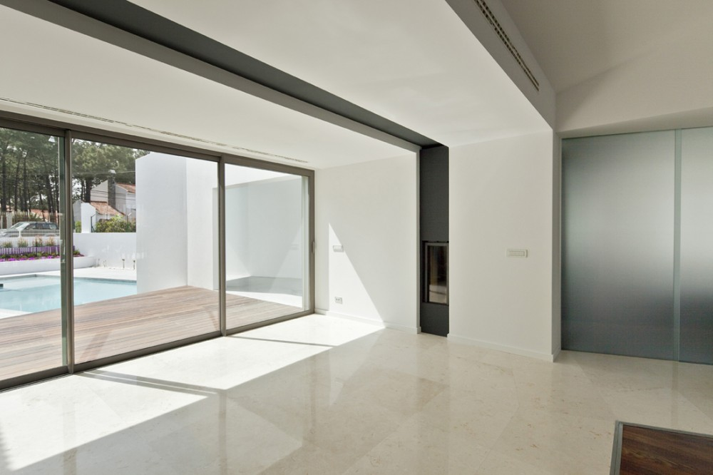 House In Vale Bem By