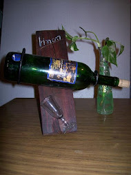 Porta botella de madera
