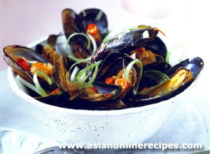 SALLY'S ASIAN RECIPES: Pan-Steamed Mussels with Thai Herbs Recipe