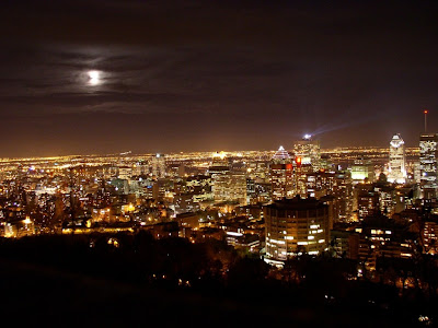 Canada Travel: Night Montreal