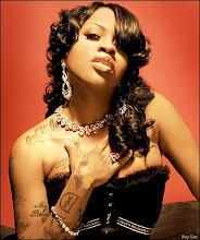 LIL MO DOES IT RIGHT