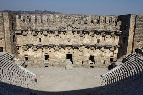 Teatro Romano de Cartagena II - Página 7 Aspendos