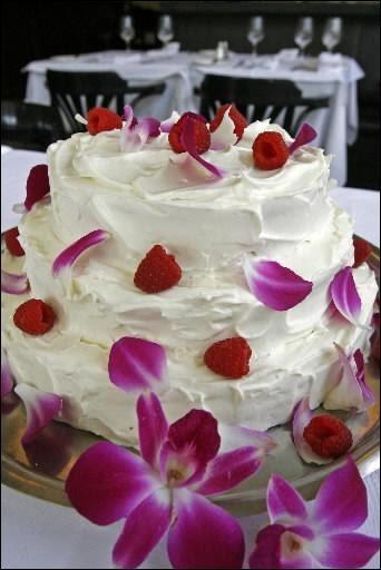 Vert Avocat: Gâteau de mariage... maison!