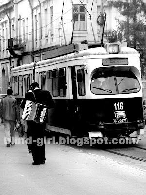L'ACCORDEONISTE Iasi tramvai