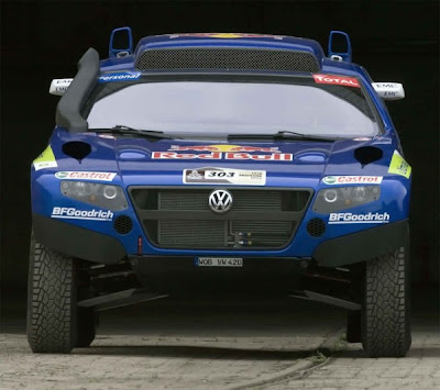 2011 VW Race Touareg 3 Ready front view